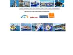 Structures gonflables sur l'eau, Port Barcarès à côté du village des pêcheurs en mer...